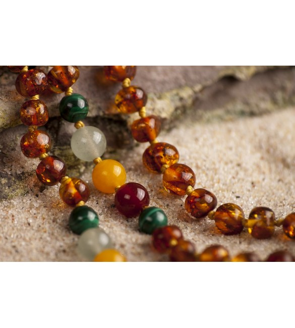 Amber teething necklace for baby - Gemstones - Malachite